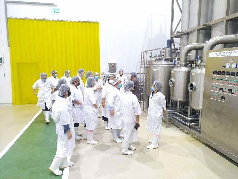 เยี่ยมชมโรงงานผลิตนมอัดเม็ด และนมผง